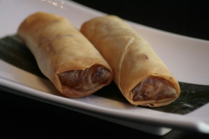 D4 Chinese Lumpia Loempia's bereid met verse groenten en geroosterd varkensvlees.